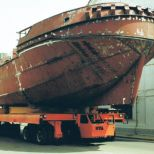 Boat transporter electric self-propeller trailer :: DTA