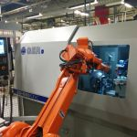 CNC grinding machine with automated loading and unloading :: GER