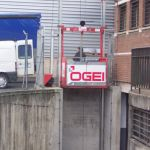 Goods lift for industrial applications :: OGEI