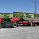 Industrial trailer with hydraulic lifting device :: DTA