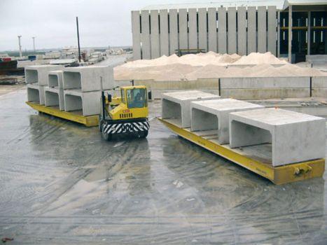 Rolltrailer for the transport of precast concrete DTA