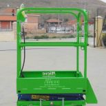 Self propelled scissor lift :: EMC PE-6'4 mini