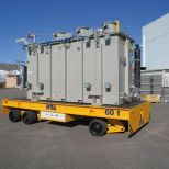 Self-propelled trailer with lifting device for handling transformers :: DTA