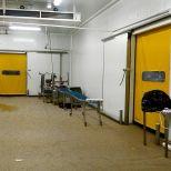 Self-repairing high-speed door for cold room :: SACINE