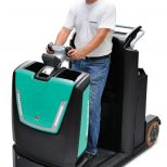 Stand-on electric towing tractor :: MITSUBISHI TBR30N