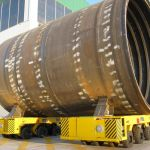 Synchronized SPMT to move ship part sections :: DTA
