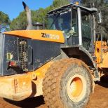 Wheel loader :: HITACHI ZW 220